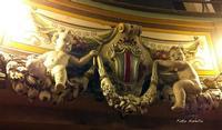 Stucchi del teatro Garibaldi.   - Piazza armerina (2616 clic)