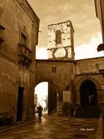 Antiche architetture. Chiesa madre di Assoro. Assoro ha origini 1000 A.C. situato sui monti Erei.  - Assoro (2620 clic)