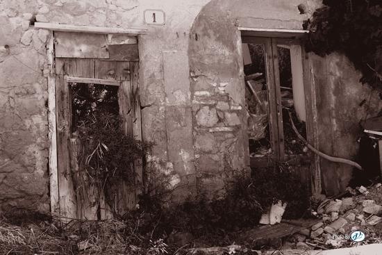 Abandoned - LEONFORTE - inserita il 25-Oct-12