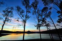 Il lago ed il suo tramonto   - Regalbuto (1986 clic)