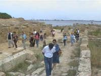 Escursione a Motya - gruppo di Novara di Sicilia - 13 settembre 2004  - Novara di sicilia (4935 clic)