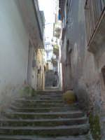 vicolo caratteristico di Novara di Sicilia ( Via Sabato )  - Novara di sicilia (7140 clic)
