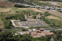 Himera Tempio della vittoria Il tempio risale al secondo ventennio del V secolo a.C.; è stato identificato con il tempio realizzato dai Cartaginesi, sconfitti a Himera nel 480 a.C. dalla coalizione greca comandata da Gelone di Siracusa, su imposizione del tiranno stesso Probabilmente dedicato ad Atena, l'edificio fu incendiato e distrutto verosimilmente nel 409 a.C. dai Cartaginesi che assediarono la città di Himera.  - Termini imerese (3080 clic)