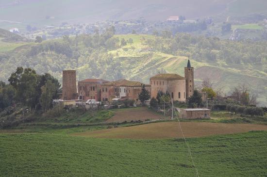 Borgo Cascino - ENNA - inserita il 29-Mar-13