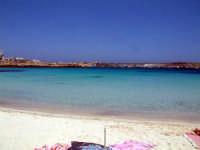 la spiaggia sul porto  - Lampedusa (6766 clic)