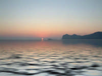 alba sull'isola  - Isola delle femmine (3581 clic)