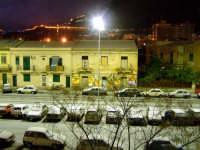 neve su via Paruta, angolo corso Calatafimi (sullo sfondo Monreale)  - Palermo (8787 clic)