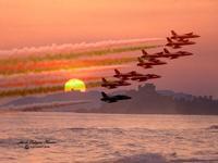 Frecce Tricolori ne tramonto di Falconara di Sicilia.   - Marina di butera (345 clic)