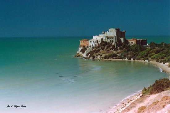 Castello di Falconara. - Falconara - inserita il 07-Apr-16