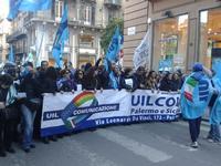 Protesta ALMAVIVA a Palermo Io sono uno di loro . . . Speriamo di riuscire. . . PALERMO MARCO GIUSEP