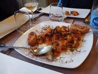 PORNO FOOD Caponata di mare con pesce e molluschi, sedano alghe e crostini fritti PALERMO MARCO GIUS