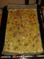 PORNO FOOD Pizza casereccia fatta con mie manine: patate a fette pancetta a cubetti mozzarella e aro