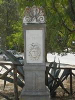 nella zona archeologica l'indicazione per raggiungere il Teatro - 5 agosto 2012  - Segesta (1225 clic)