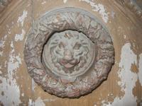 portone - particolare - battente o batacchio - 14 agosto 2012  - Alcamo (342 clic)