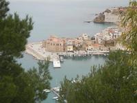 panorama dal Belvedere - porto, Castello a Mare e Cala Petrolo - 12 febbraio 2012  - Castellammare del golfo (315 clic)