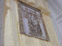 arazzo con la Madonna del Giubbino - Chiesa SS. Trinità - 22 aprile 2012  - Calatafimi segesta (726 clic)