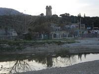 Baia di Guidaloca - riflessi sul fiume - torre di avvistamento e Papirolandia - 1 aprile 2012  - Castellammare del golfo (378 clic)
