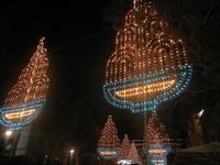 luminarie in Piazza Ciullo - festeggiamenti in onore di Maria SS. dei Miracoli - 16 giugno 2012  - Alcamo (272 clic)