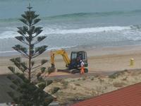 Zona Plaja - lavori in corso per la passerella sulla spiaggia - 24 luglio 2012  - Alcamo marina (787 clic)