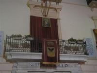 balcone del Municipio addobbato - festeggiamenti in onore di Maria SS. dei Miracoli - 16 giugno 2012  - Alcamo (247 clic)