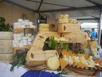 4° Festival Internazionale degli Aquiloni - stand dei formaggi - 24 maggio 2012  - San vito lo capo (329 clic)