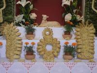 mostra Borgesi di San Giuseppe - altare e pani - particolare - 22 aprile 2012  - Calatafimi segesta (486 clic)