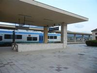 stazione ferroviaria Alcamo Diramazione - 4 marzo 2012  - Calatafimi segesta (1589 clic)