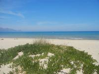 Zona Battigia - spiaggia e mare - 31 maggio 2012  - Alcamo marina (327 clic)