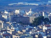 panorama città dal Monte Bonifato - Castello dei Conti di Modica - 10 settembre 2012  - Alcamo (427 clic)