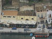 panorama dal Belvedere - case e locali sul porto - 12 febbraio 2012  - Castellammare del golfo (489 clic)