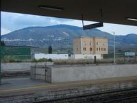 stazione ferroviaria Alcamo Diramazione e Monte Bonifato - 4 marzo 2012  - Calatafimi segesta (1078 clic)