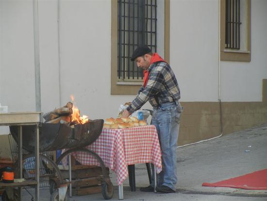preparazione grigliata e panini - MARINELLA DI SELINUNTE - inserita il 12-Mar-14