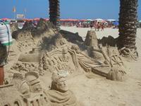 castelli di sabbia - sculture sulla sabbia di Iannini Antonio, scultore napoletano sanvitese - 18 agosto 2012  - San vito lo capo (228 clic)