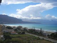 Zona Plaja - panorama ovest del Golfo di Castellammare - 24 luglio 2012  - Alcamo marina (381 clic)