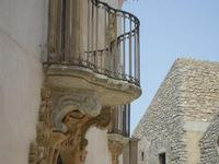 balconi in Piazza San Domenico - 5 agosto 2012  - Erice (349 clic)