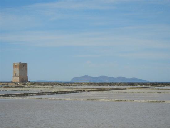 Torre di Nubia - Oasi Naturale Orientata Saline di Trapani e Paceco - NUBIA - inserita il 03-Mar-15
