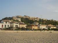 Zona Battigia - case sul lungomare ed in collina - 8 giugno 2012  - Alcamo marina (353 clic)
