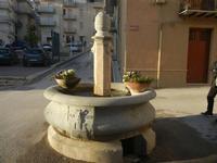 fontana - A.D. 1948 - 22 aprile 2012  - Calatafimi segesta (456 clic)