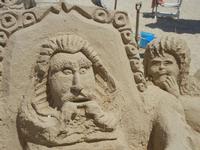 castelli di sabbia - sculture sulla sabbia di Iannini Antonio, scultore napoletano sanvitese - 18 agosto 2012  - San vito lo capo (237 clic)