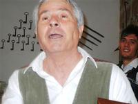 SIKANIA - Compagnia di canto e musica popolare - Santo Arceri (chitarra percussioni e voce) e  Michele Ditta (fisarmonica) - Bosco di Scorace - Il Contadino - 13 maggio 2012  - Buseto palizzolo (906 clic)