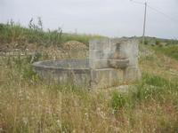 fontana-bevaio rotonda - 20 maggio 2012  - Salaparuta (1371 clic)