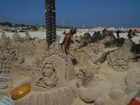castelli di sabbia - sculture sulla sabbia di Iannini Antonio, scultore napoletano sanvitese - 18 agosto 2012  - San vito lo capo (250 clic)