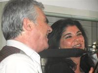 SIKANIA - Compagnia di canto e musica popolare - Giuseppina Priolo (tamburello e voce solista) e Santo Arceri (chitarra percussioni e voce) - Bosco di Scorace - Il Contadino - 13 maggio 2012  - Buseto palizzolo (324 clic)