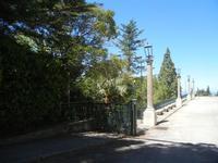 Santuario Madonna del Romitello - piazzale e pineta  - 9 maggio 2012  - Borgetto (1037 clic)