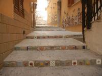 Cortile Carini - Laboratorio di Cocci per bambini - particolare - 6 settembre 2012  - Sciacca (387 clic)