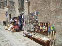 bottega di souvenir - 5 agosto 2012  - Erice (340 clic)