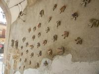 Cortile Carini - Laboratorio di Cocci per bambini - particolare - 6 settembre 2012  - Sciacca (419 clic)