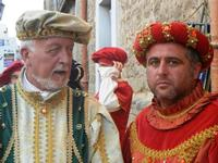 Corteo Rievocazione Storica dell'investitura a 1° Principe della Città di Carlo d'Aragona e Tagliavia - 26 maggio 2012  - Castelvetrano (309 clic)