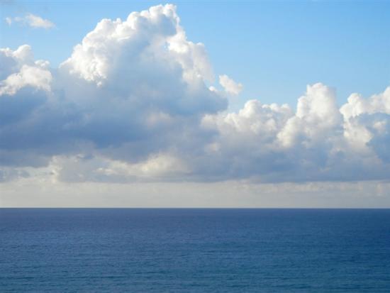 Zona Plaja - mare e nuvole - ALCAMO MARINA - inserita il 05-May-15