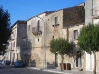 vecchie case - 28 agosto 2012  - Sambuca di sicilia (918 clic)